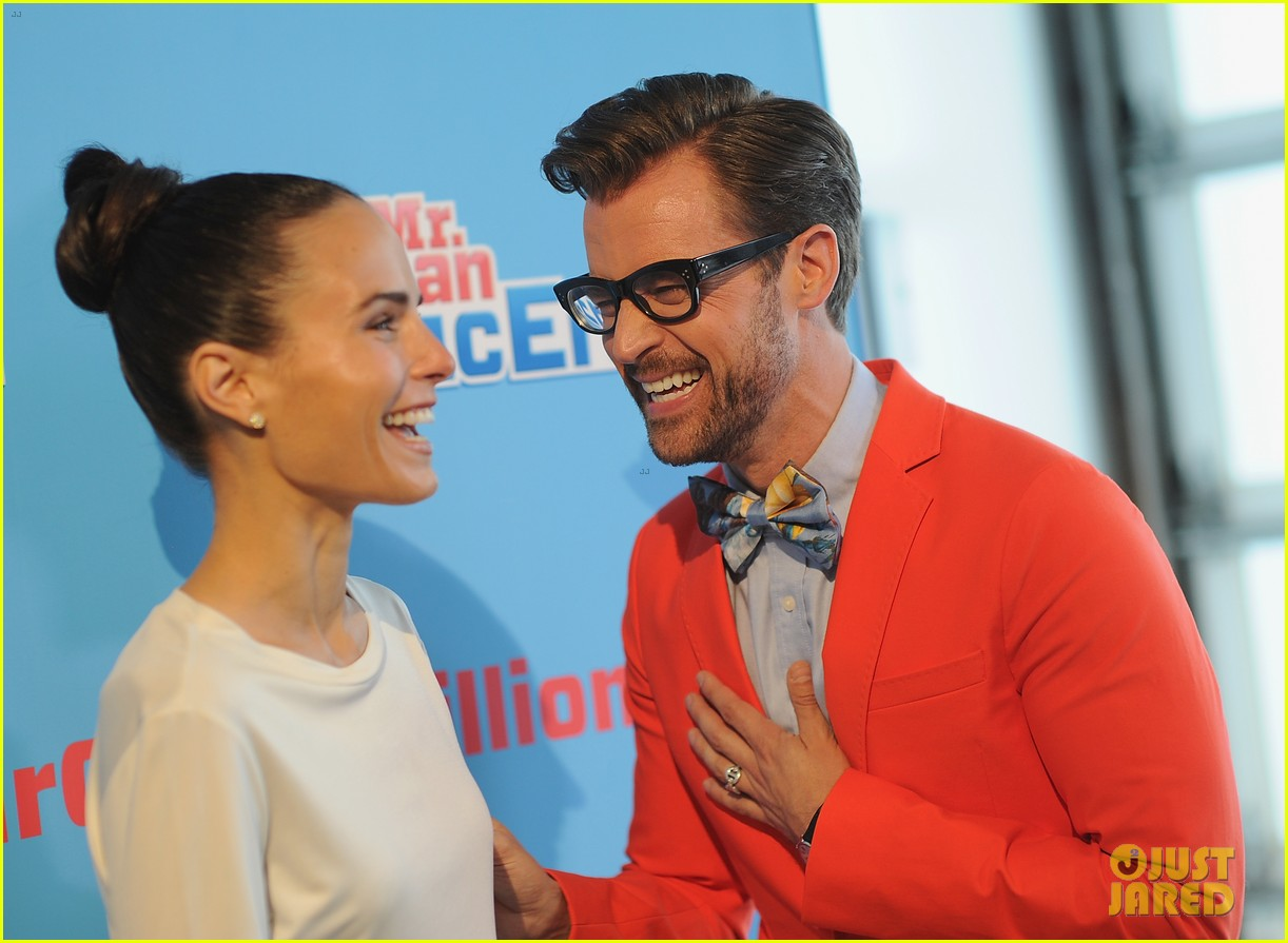 jordana brewster supports brad goreski at the mr clean summer fashion party 07