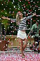 gisele bundchen showered with rose petals 20