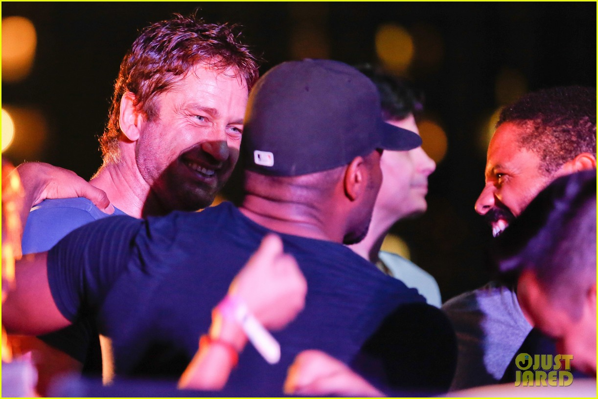 gerard butler taylor kitsch hang out in brazil 163151756