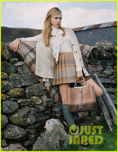 cara delevingne mulberry campaign autumn winter 2014 053147678