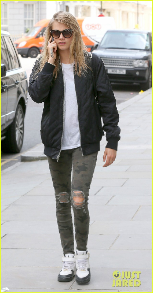 cara delevingne sexuality having good time 07