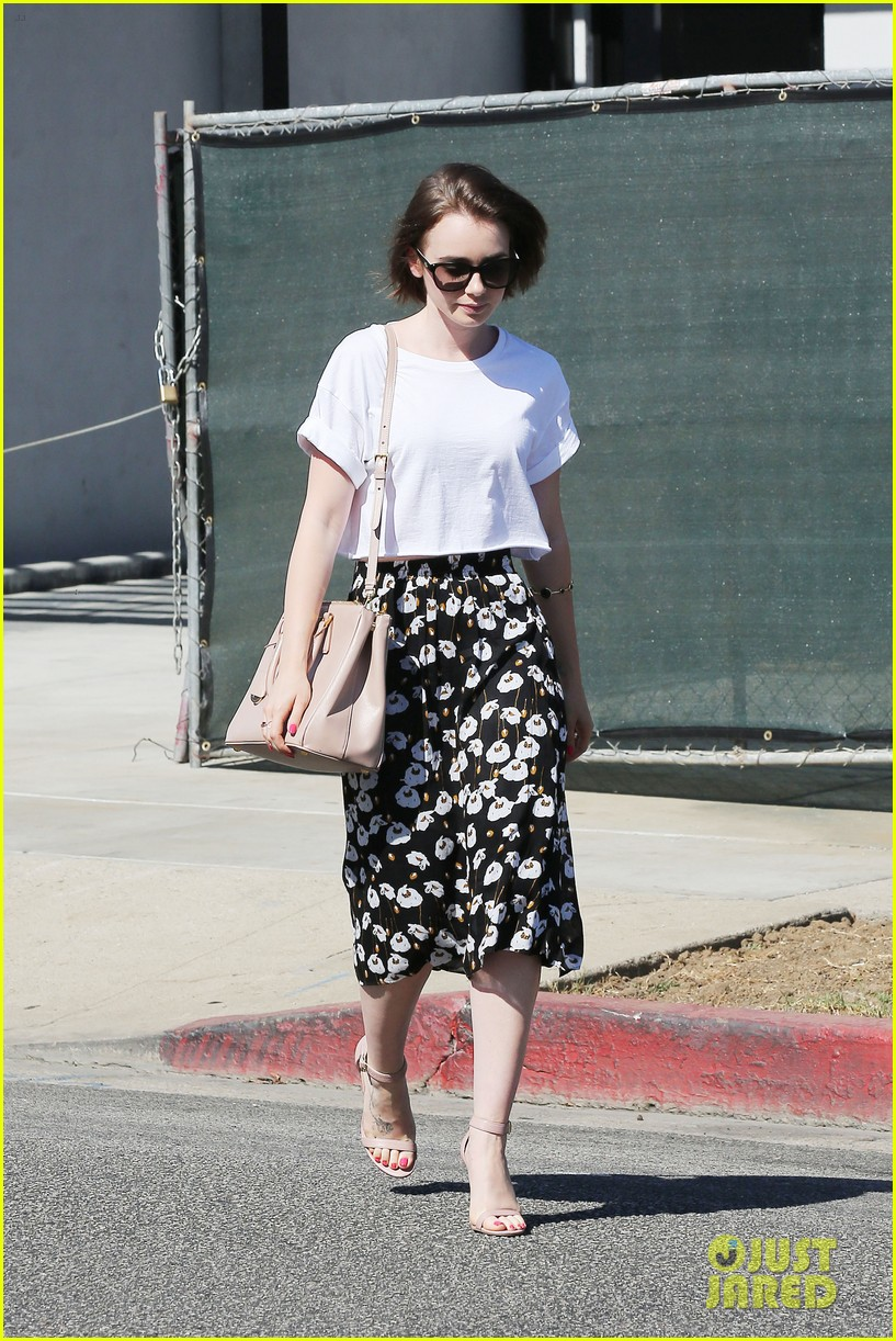 lily collins salon stop before holiday 153149249