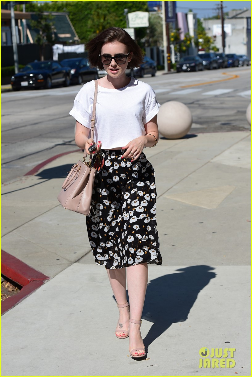 lily collins salon stop before holiday 19