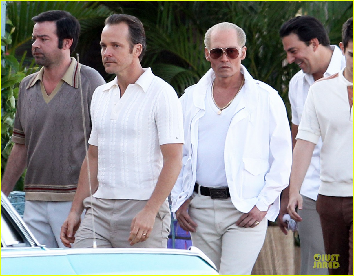 johnny depp discolored teeth for black mass 10