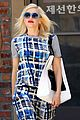 gwen stefanis very bold outfit makes a statement 04
