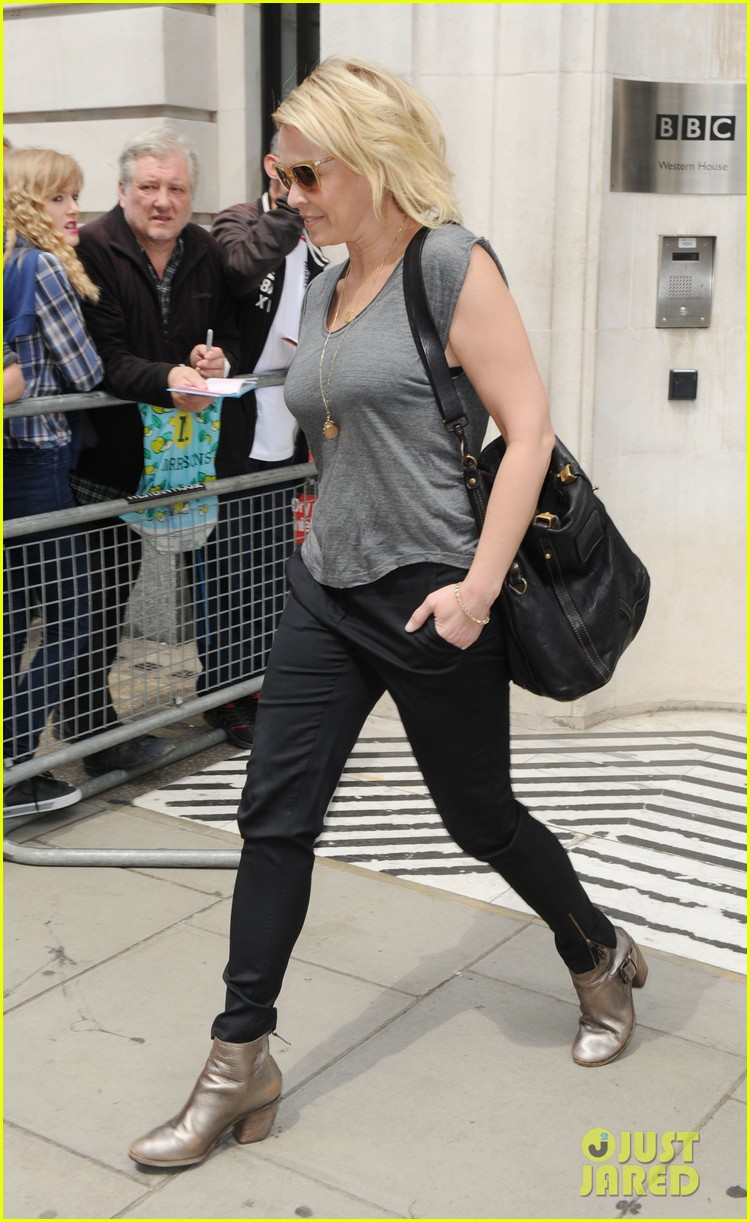 melissa mccarthy tells chelsea handler hilarious story of how she lost 9000 wig 093148995