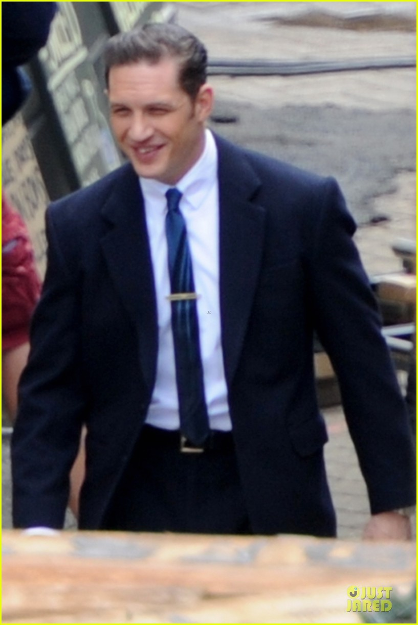 tom hardy handsome legend in a suit 04