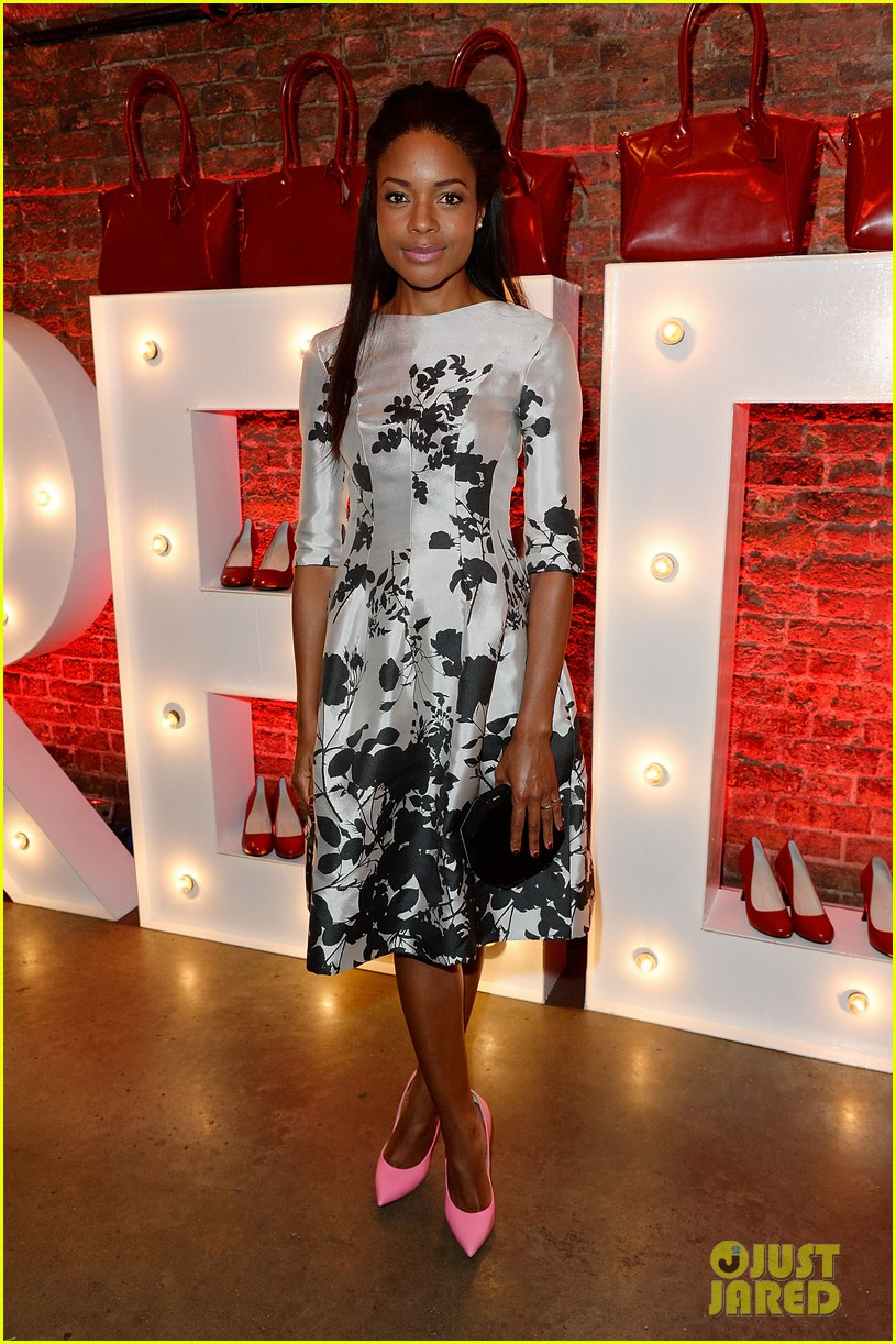 naomie harris helps celebrate virgin atlantics new vivienne westwood 02