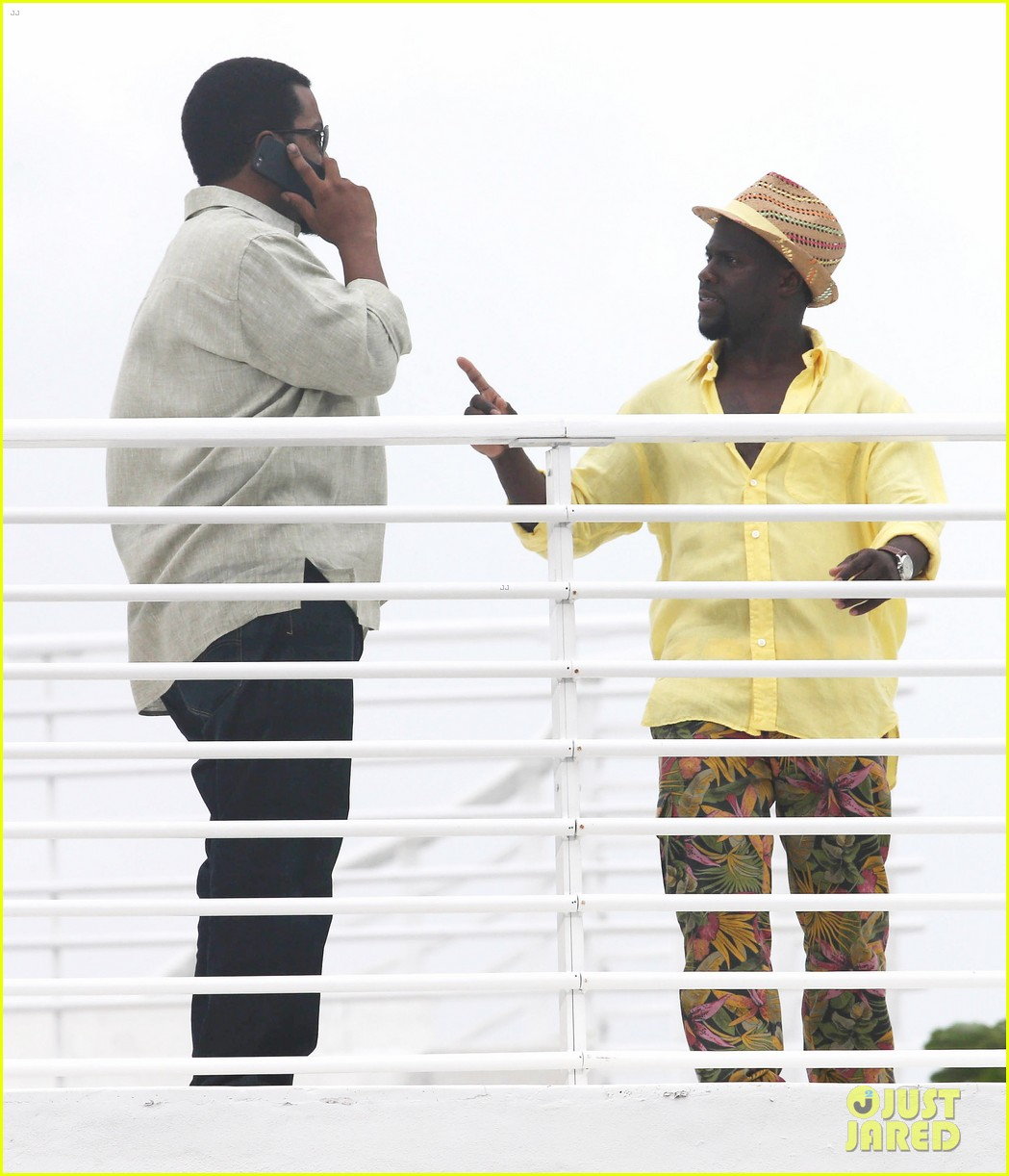 kevin hart begins filming ride along 2 with ice cube in miami 083152175