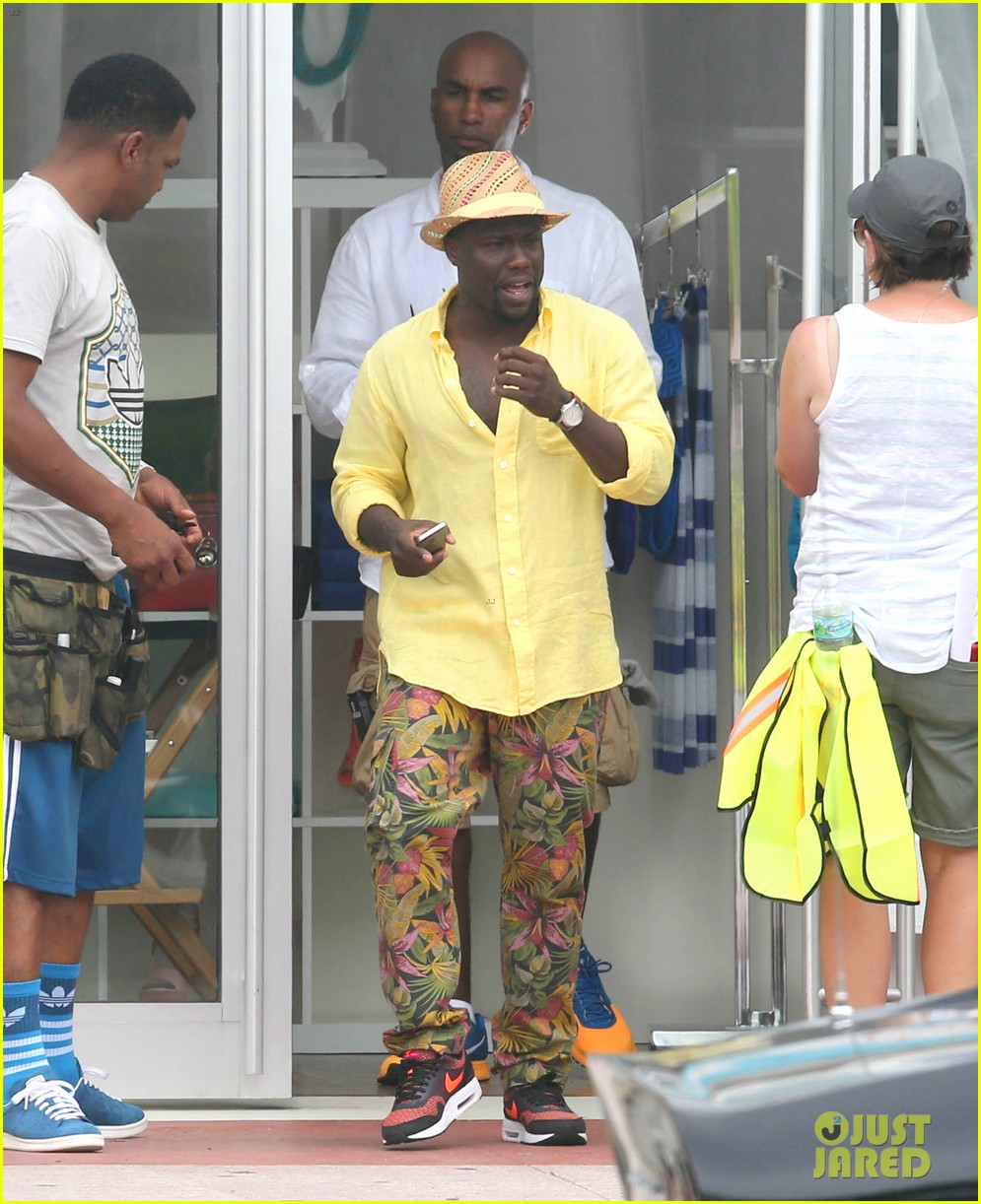 kevin hart begins filming ride along 2 with ice cube in miami 16