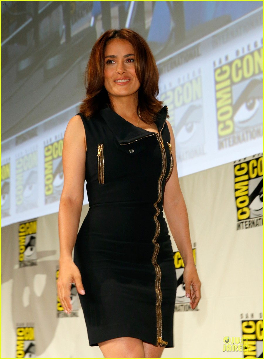 Black dress saying - Salma Hayek Teases Us By Saying She Barely Wears Anything In Everly