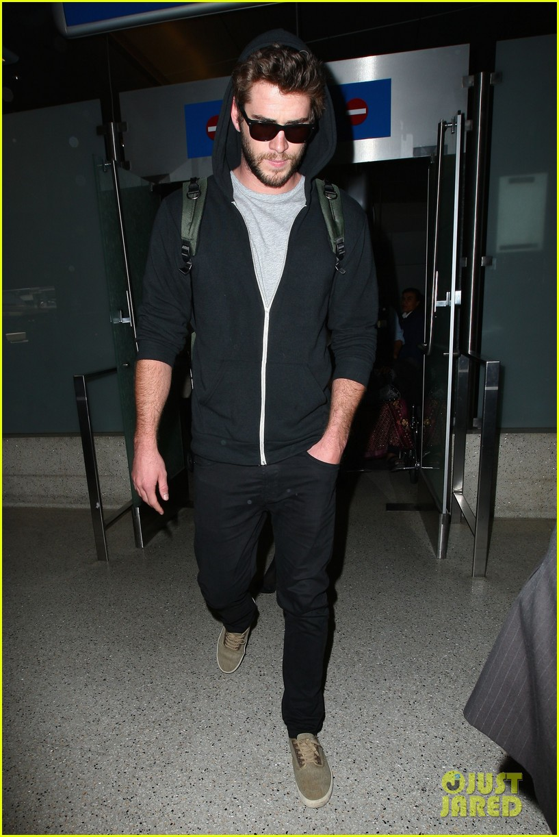 liam hemsworth talks nice miley cyrus 14