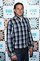 charlie hunnam is a total stud at foxs summer tca all star party 08