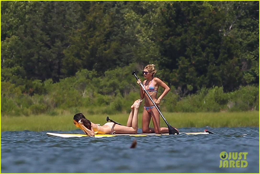 kendall jenner hailey baldwin paddleboarding bikini 093147946