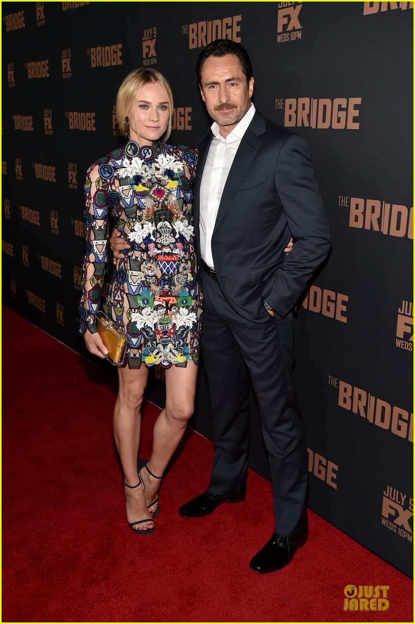 diane kruger brings colorful fashion sense to bridge premiere 01