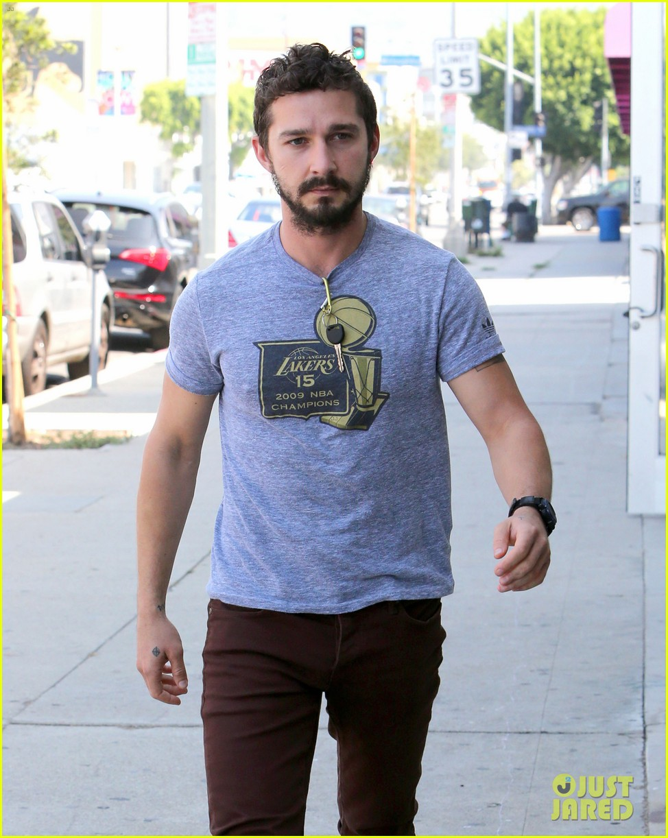 shia labeouf fourth of july working on himself 023149526