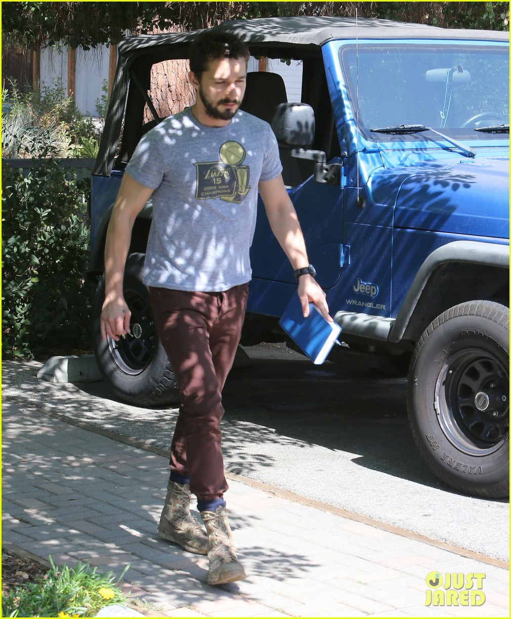shia labeouf fourth of july working on himself 06