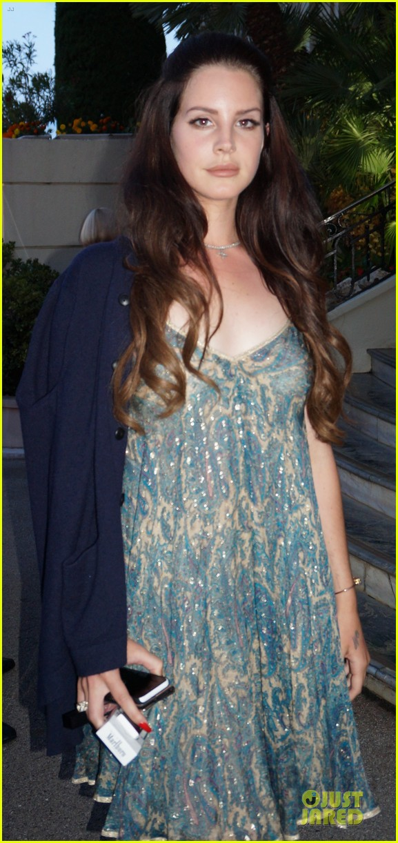lana del rey celebrates fourth of july in monaco 02