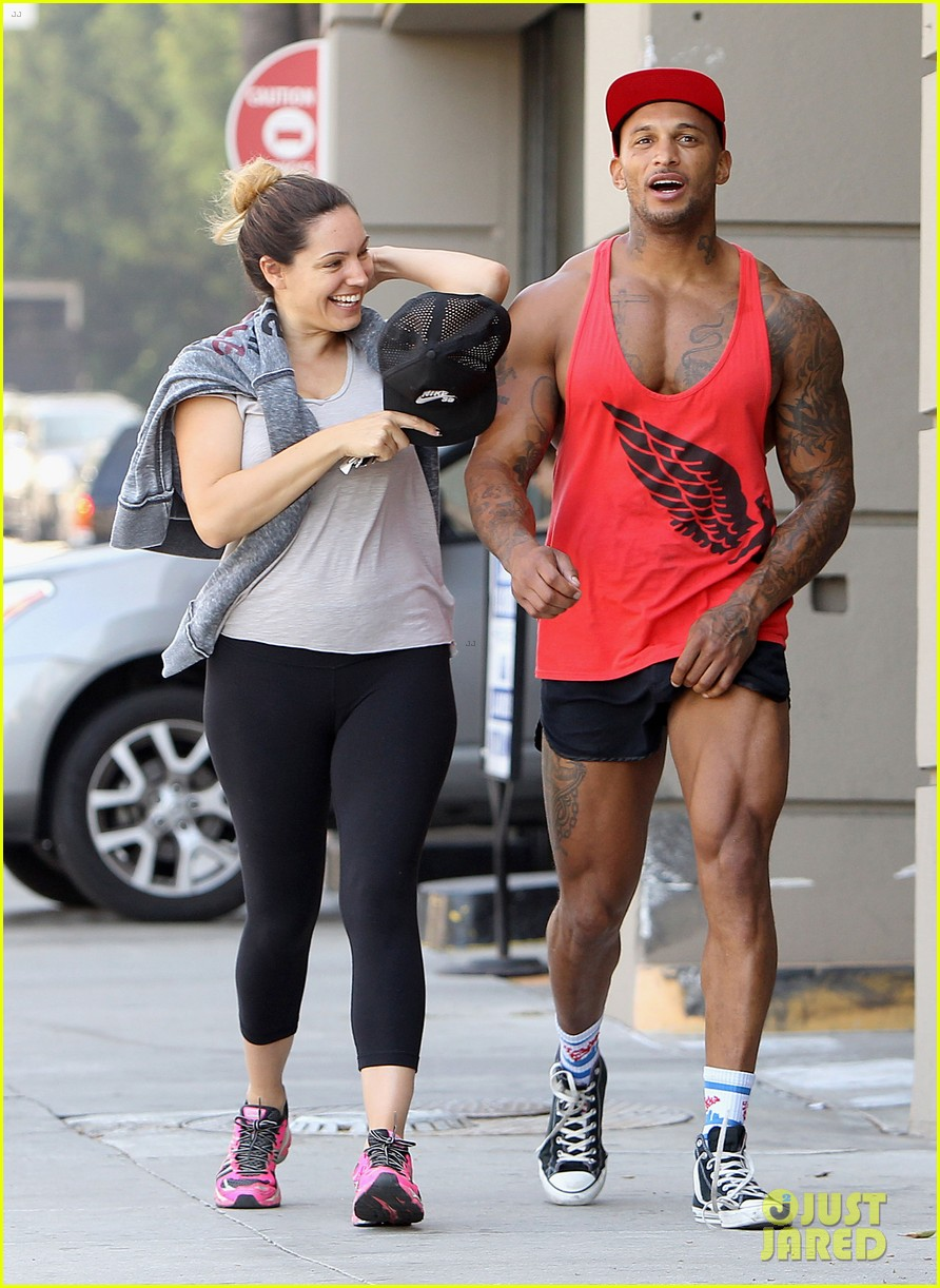 kelly brook fiance david mcintosh should always go shirtless 073149301