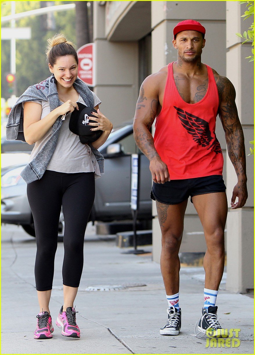 kelly brook fiance david mcintosh should always go shirtless 093149303