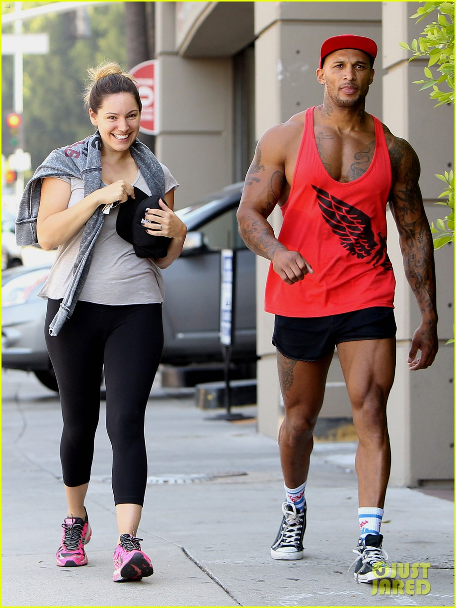 kelly brook fiance david mcintosh should always go shirtless 133149307