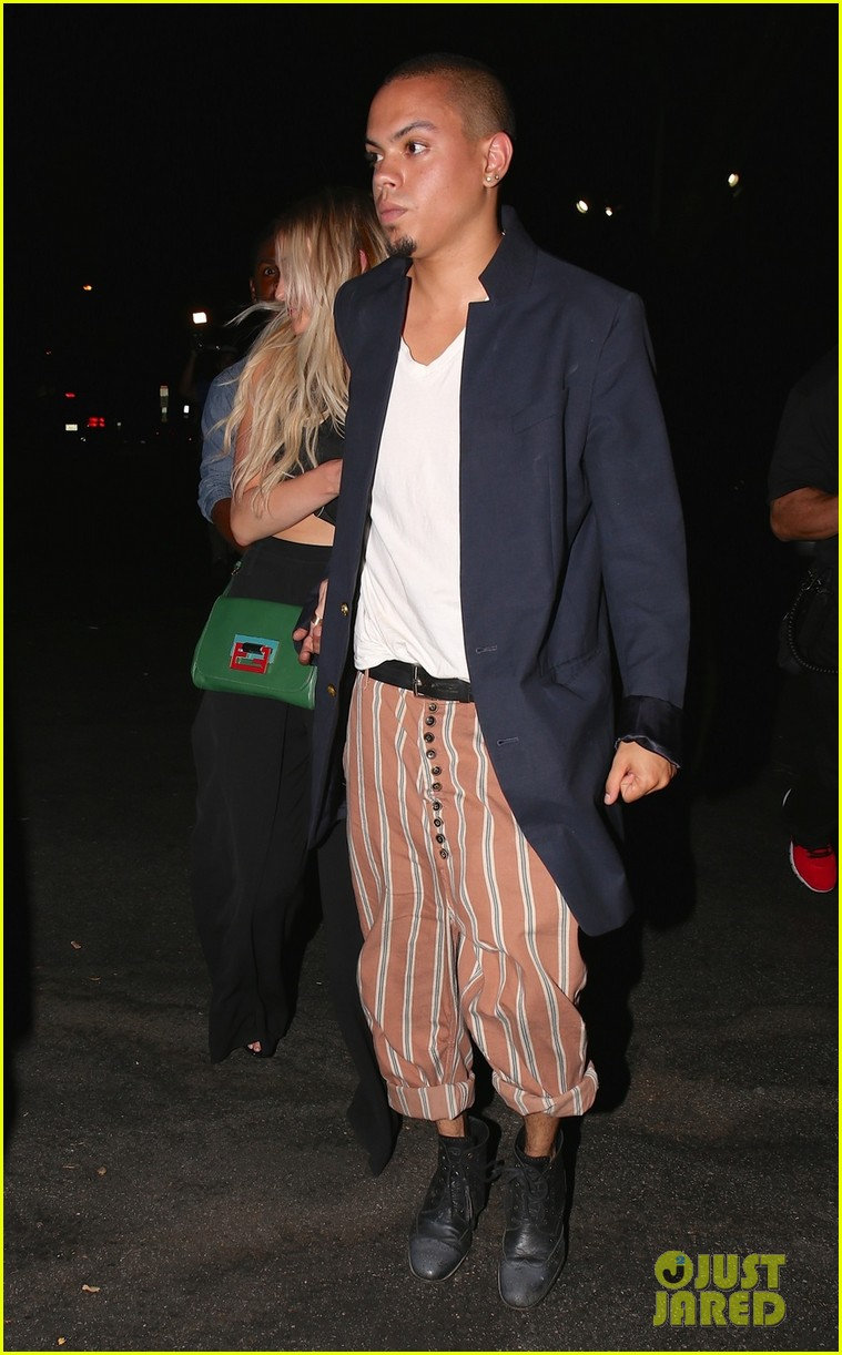 ashlee simpson evan ross are stylish duo for dba night out 02