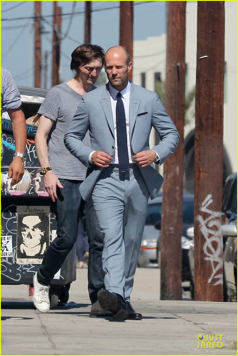 jason statham so dapper for la photo shoot 03