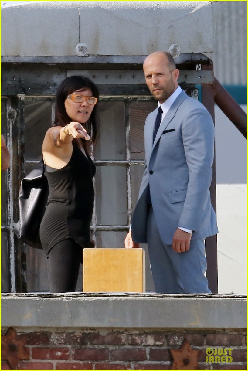 jason statham so dapper for la photo shoot 093148123