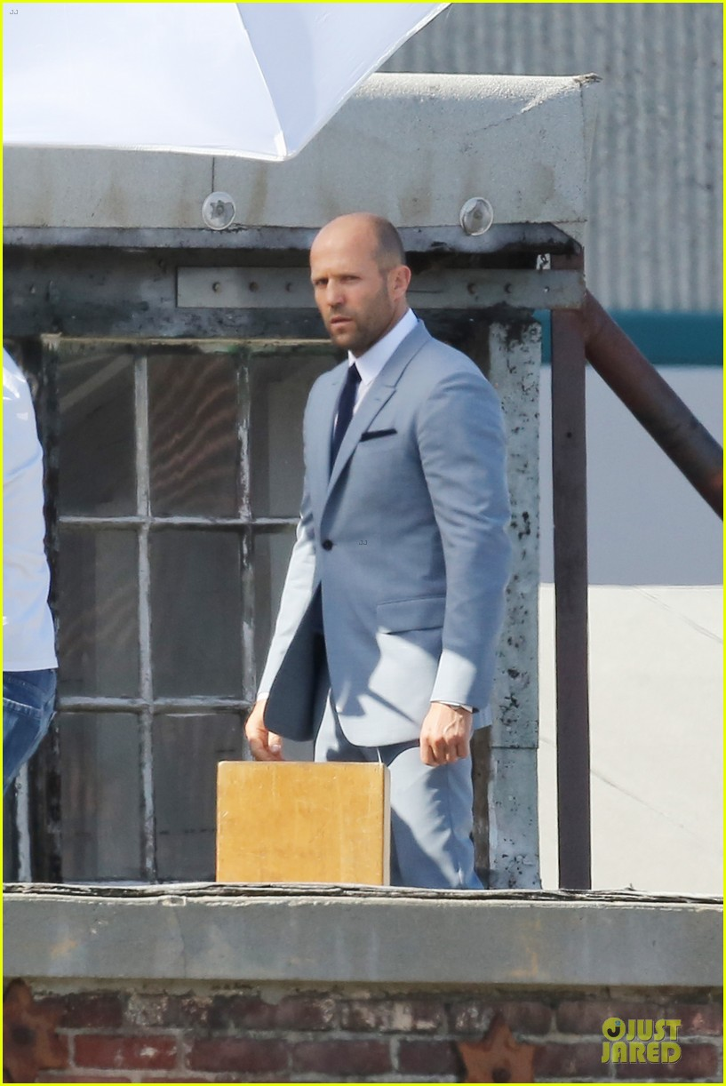 jason statham so dapper for la photo shoot 18
