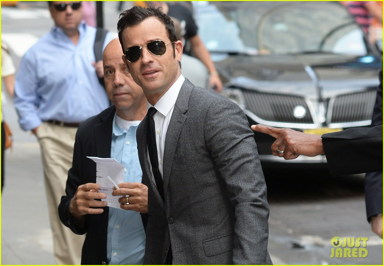 justin theroux doesnt think he can ever top his proposal to jennifer aniston 023153095