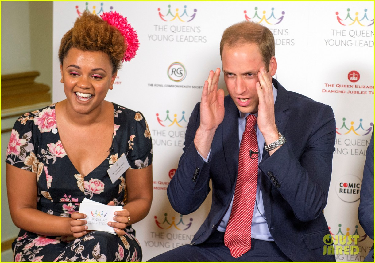 prince william jokes george bath time quite painful 083152550