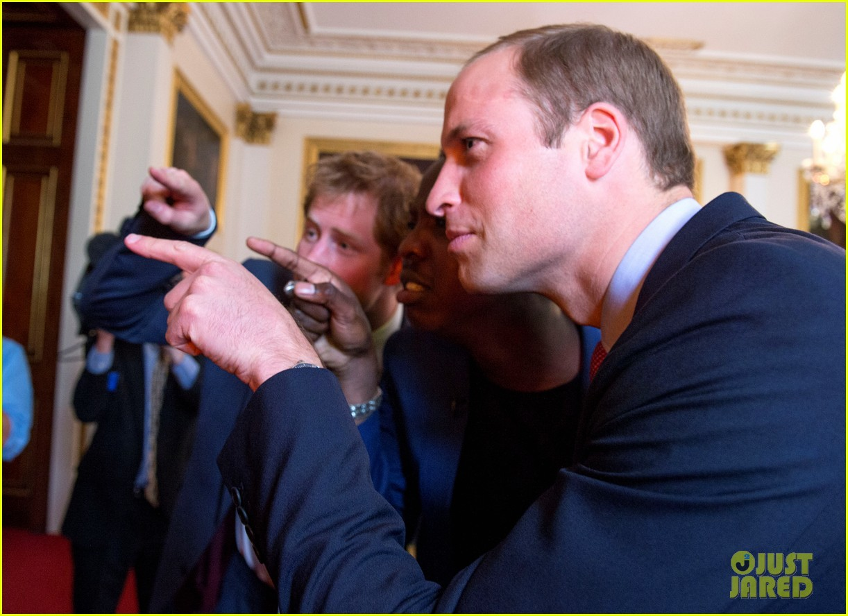 prince william jokes george bath time quite painful 11