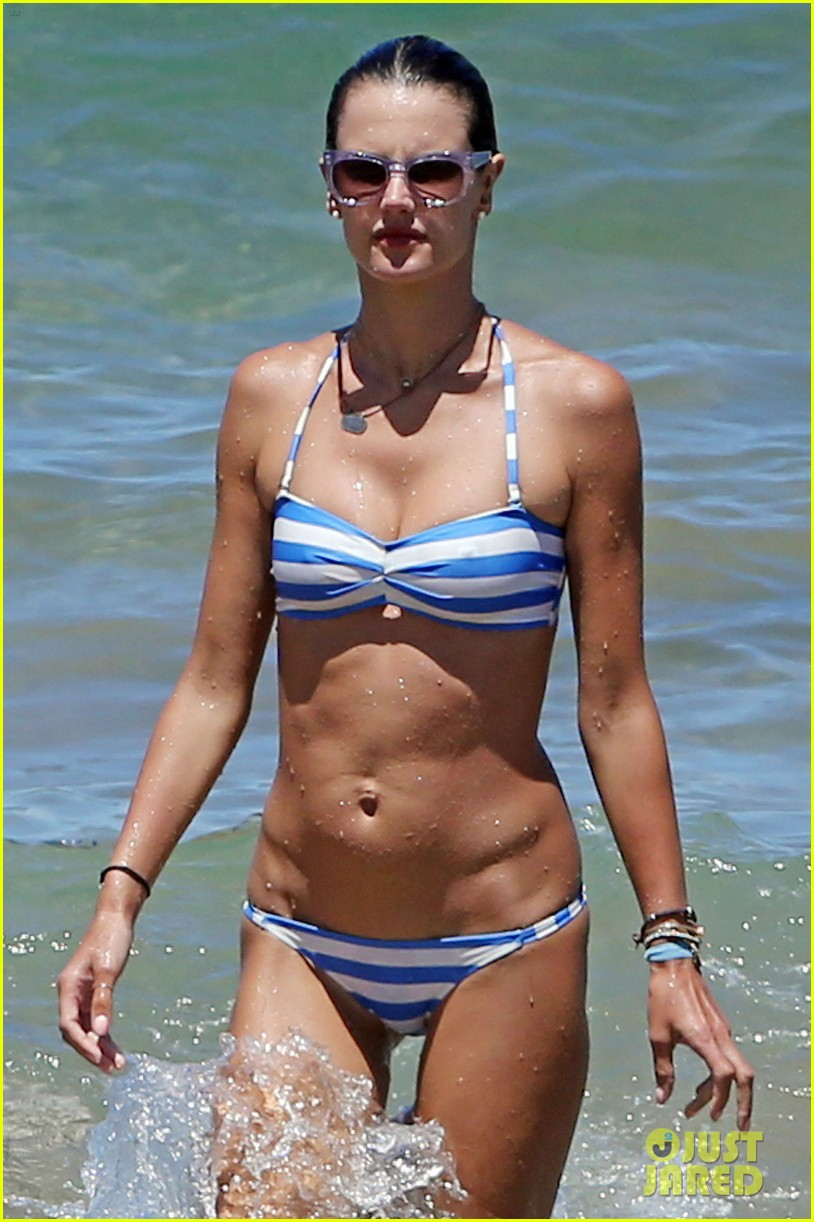 alessandra ambrosio boogie boards in the ocean 093178458