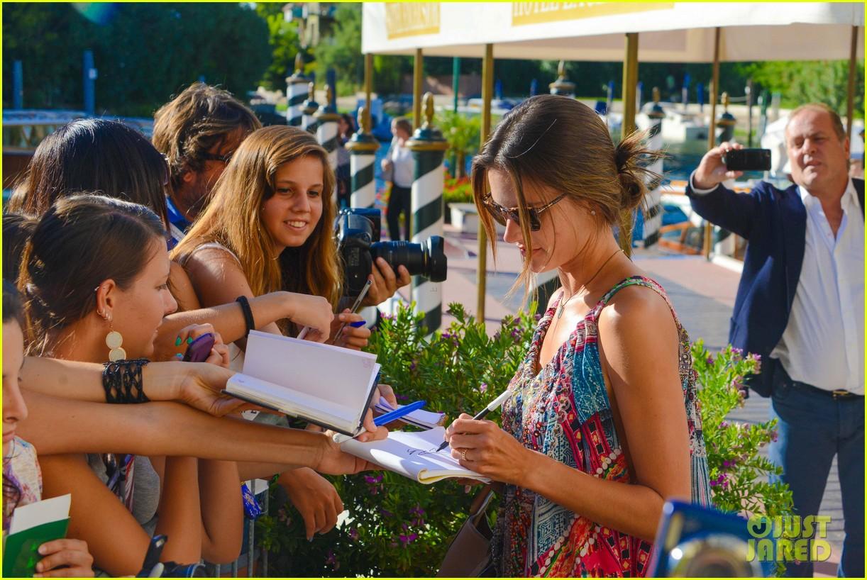 alessandra ambrosio venice film festival 16
