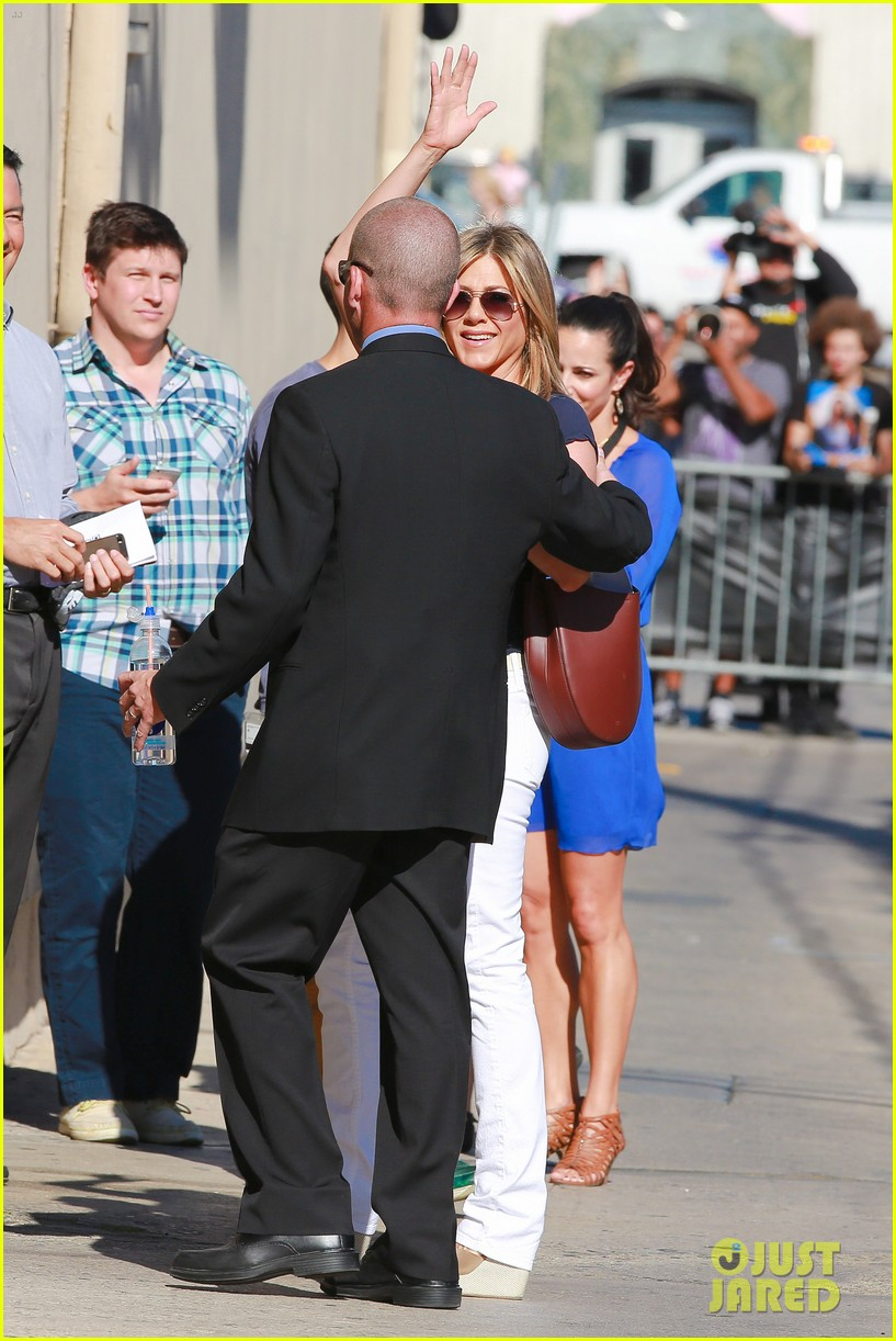 jennifer aniston jimmy kimmel live 213185083