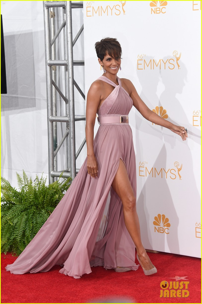 halle berry emmys 2014 113183861