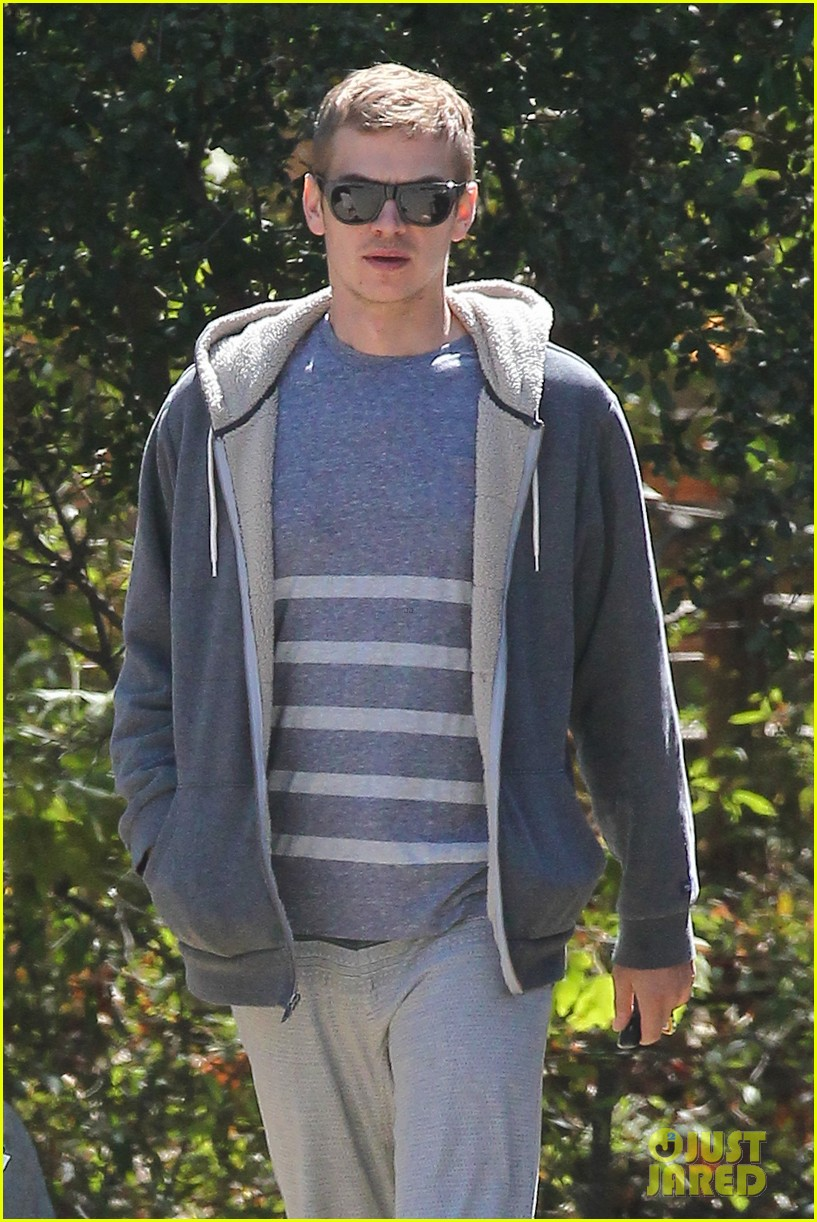 rachel bilson birthday walk trail hayden christensen 02