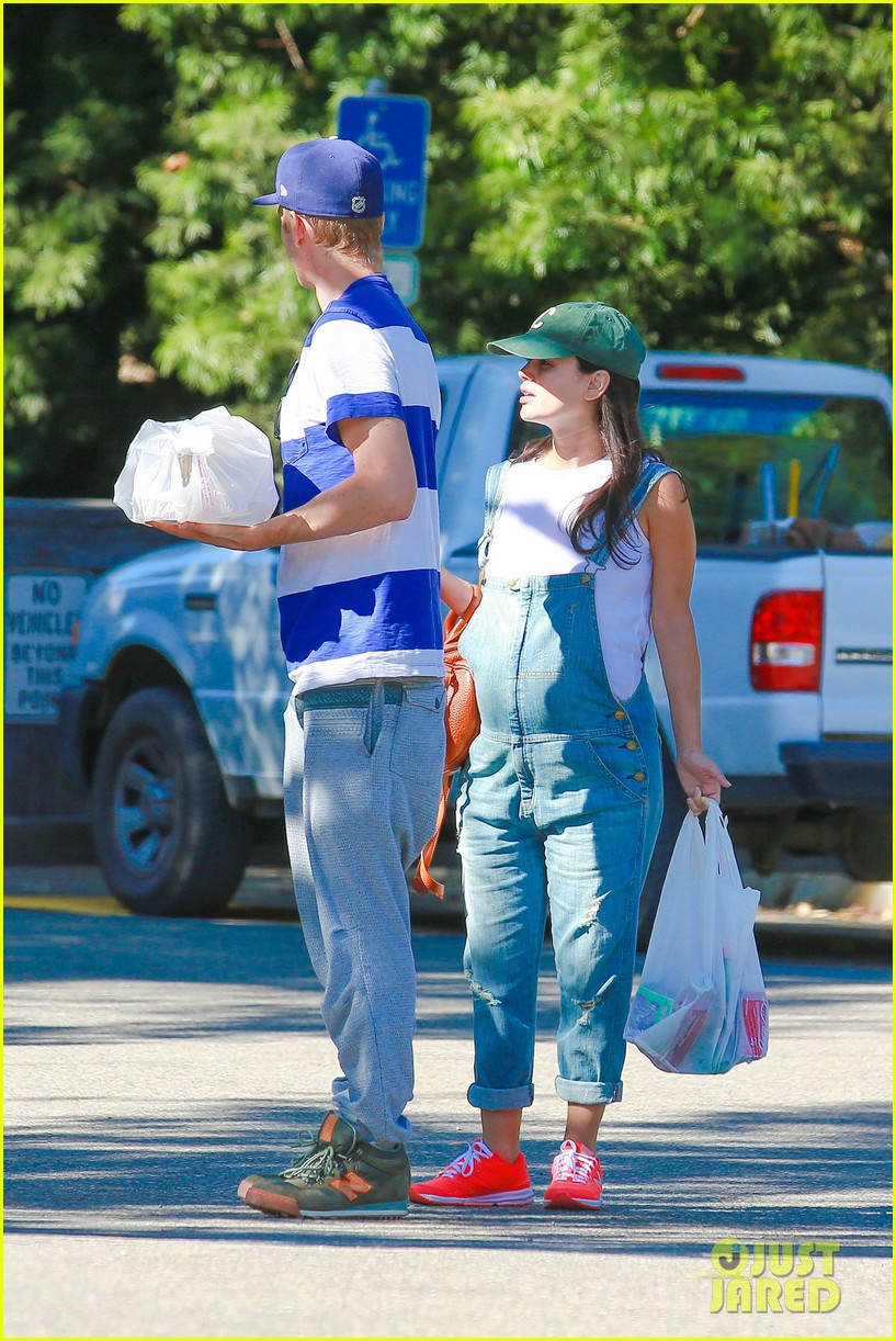 rachel bilson hayden christensen take another babymoon 19