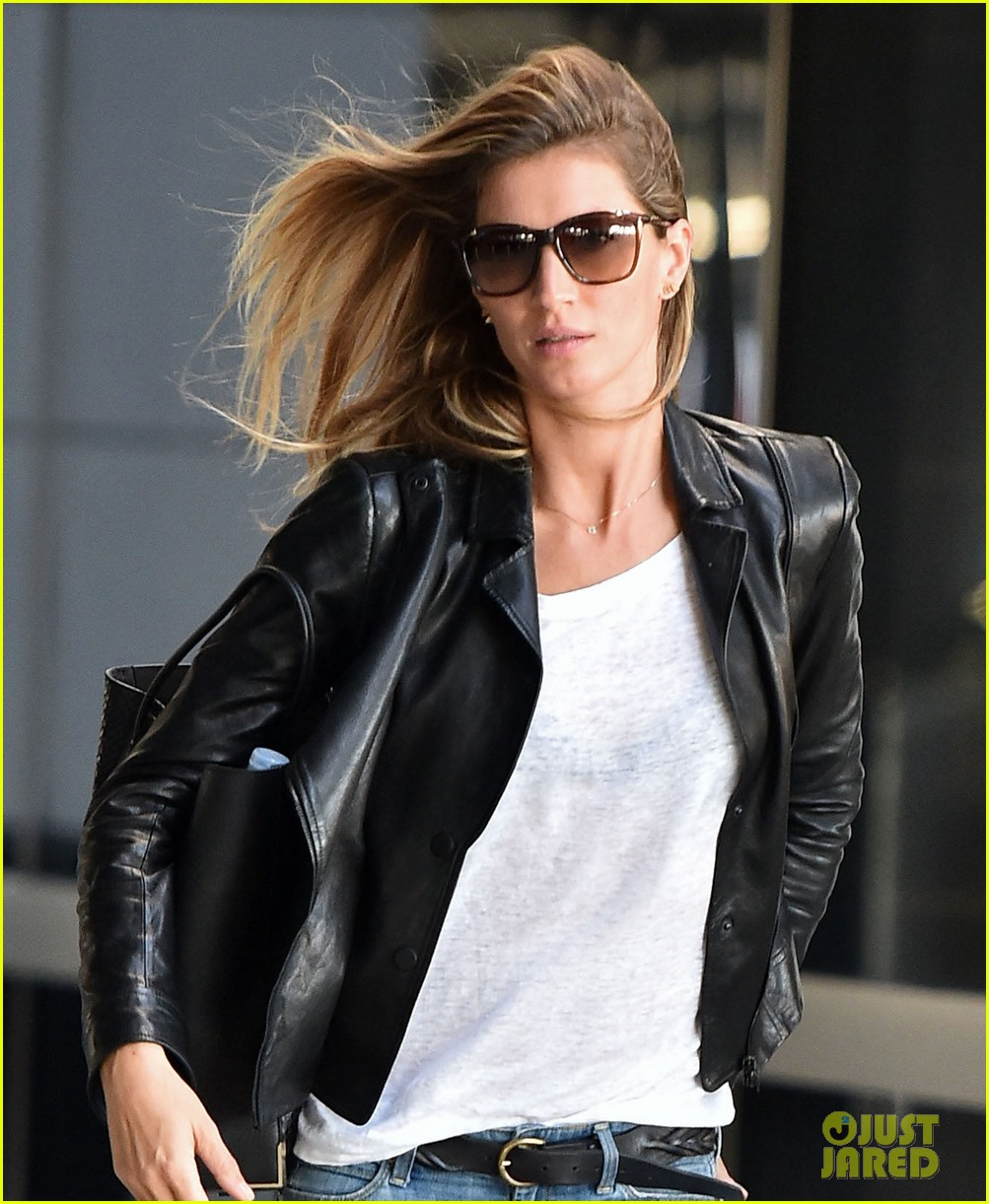 gisele bundchen lands in leather after short trip to brazil 023185653