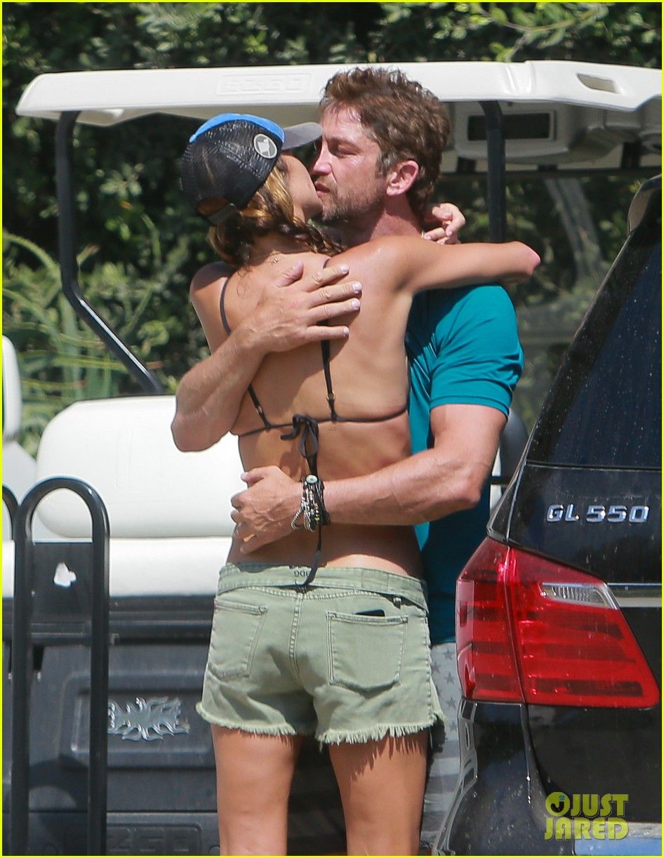 gerard butler cant keep his hands off his mystery girl 34