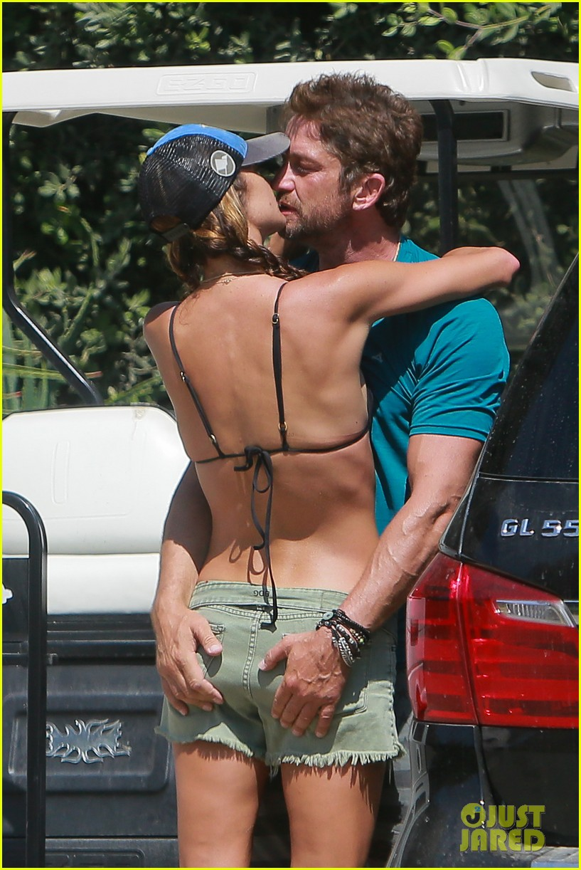 gerard butler cant keep his hands off his mystery girl 39