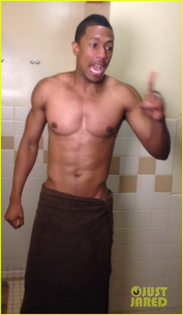 nick cannon als ice bucket challenge 013180243