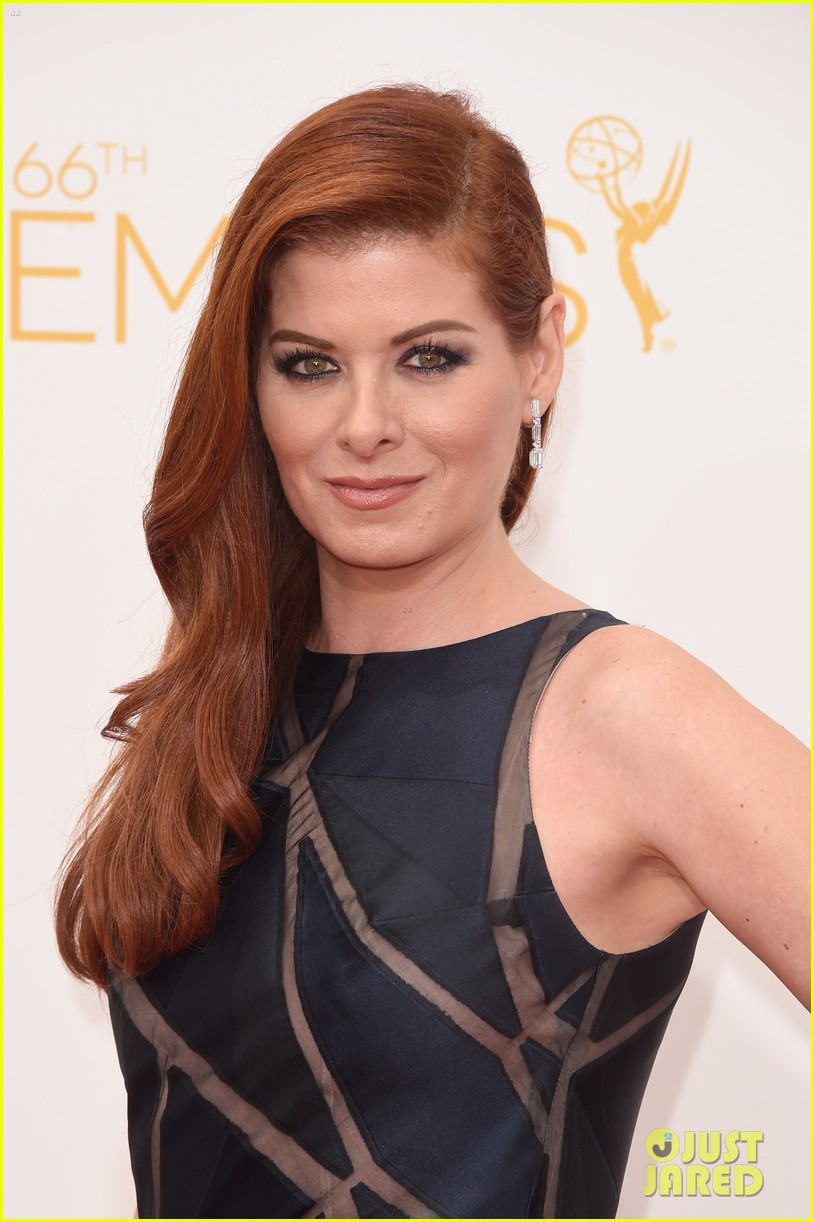 minnie driver debra messing emmys 2014 043183313