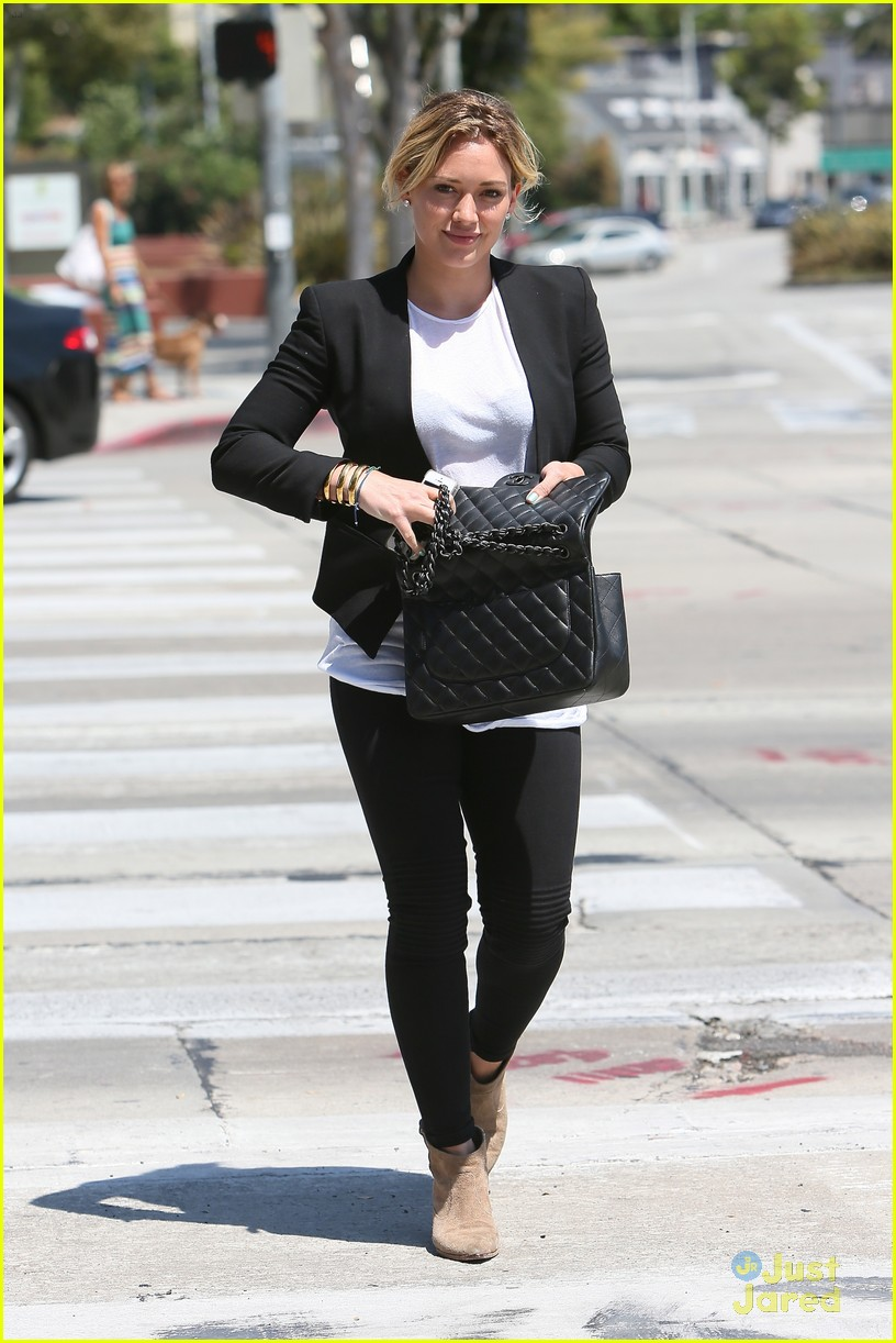 hilary duff steps out after new song 13