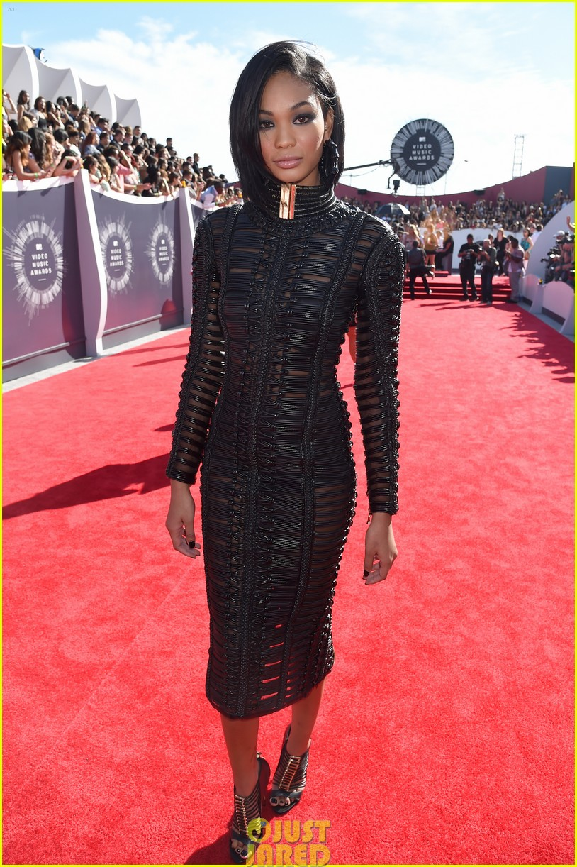 chanel iman jourdan dunn vmas mtv red carpet 093182528