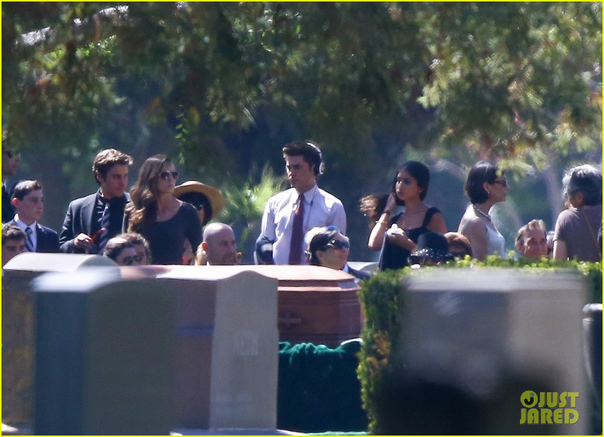 zac efron new movie character 10