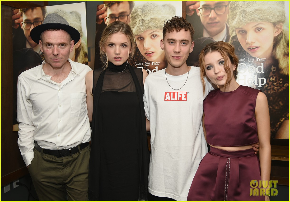 emily browning plum god help the girl nyc screening 053183817
