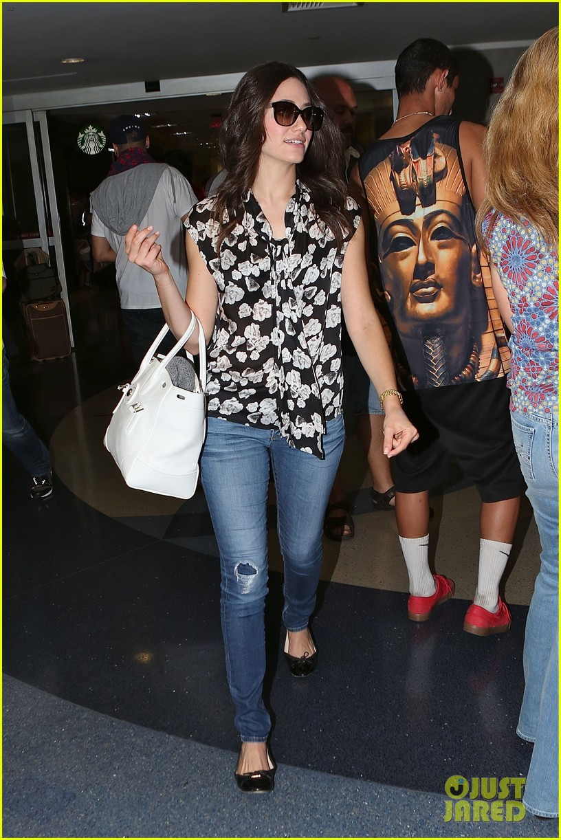 emmy rossum lands lax late night shameless shoot 063187066