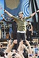 enrique iglesias brings down the house at gma 08