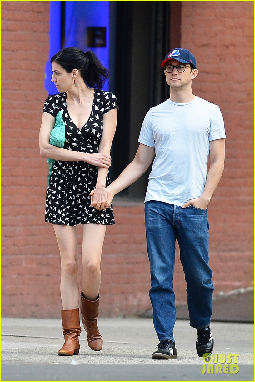 joseph gordon levitt girlfriend tasha mccauley look happy as can be 033182795